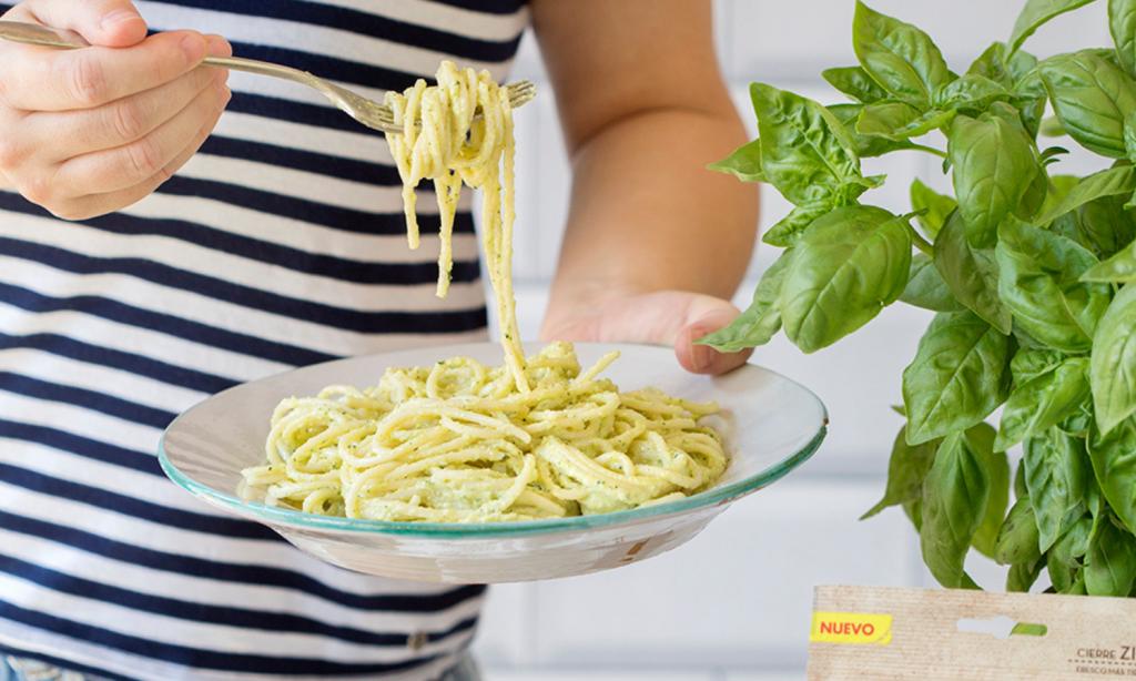Veganské cuketové špagety